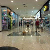 Photo taken at Amazonas Shopping by Raul F. on 3/11/2012
