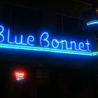 Das Foto wurde bei Blue Bonnet von Ira S. am 5/4/2012 aufgenommen