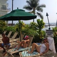 Photo taken at Outrigger Keauhou Beach Resort by Lance O. on 7/23/2012