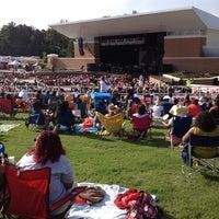 5/19/2012 tarihinde Vintziyaretçi tarafından Wolf Creek Amphitheater'de çekilen fotoğraf