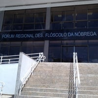 Photo taken at Fórum Regional Desembargador Flóscolo da Nóbrega by Caius L. on 8/10/2012