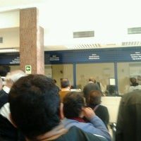 Photo taken at Banco de Chile by Alondra R. on 5/18/2012