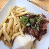 Foto tomada en Sol Restaurant por Ignacio L. el 3/4/2012