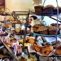 Foto tirada no(a) Macrina Bakery por Kate K. em 5/6/2012