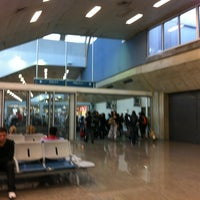Photo taken at Gate 28 by Marcos Eugenio A. on 5/21/2012