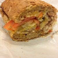 Foto tirada no(a) Potbelly Sandwich Shop por Kitty em 5/3/2012