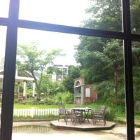 Photo taken at 팩토리670 (한국커피) by Rael on 7/23/2012