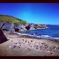 Photo taken at Itzurun | San Telmo Beach by Federico Á. on 7/16/2012