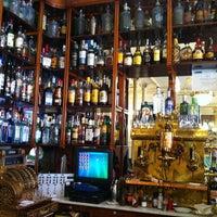 Foto tomada en Café Manuela por Joaquin P. el 6/8/2012
