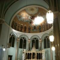 Foto tirada no(a) Holy Family Church por Forgotten Buffalo em 3/11/2012