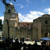 Foto tirada no(a) Zócalo por Lorelein R. em 8/5/2012