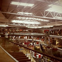 Photo taken at Oakland Mall by George d. on 8/9/2012