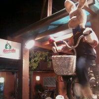 Foto tirada no(a) Coelhinho Sorveteria Italiana por Felipe H. em 3/15/2012