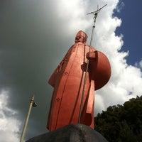 Photo taken at Parque Juan Pablo by Arturo C. on 2/11/2012