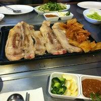 Photo taken at Muk Eun Ji by Denny P. on 2/26/2012