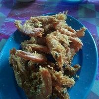Photo taken at celup tepung penarek by Wau Alif Nun S. on 8/21/2012