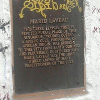 Снимок сделан в St. Louis Cemetery No. 1 пользователем jaz 2/22/2012
