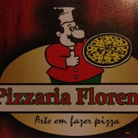 Photo taken at Pizzaria Florença by Gabriel F. on 6/16/2012
