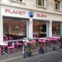 Photo taken at Planet Sushi by Manu P. on 6/30/2012