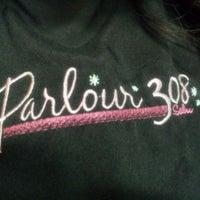 รูปภาพถ่ายที่ Parlour 308 โดย Donna N. เมื่อ 6/15/2012