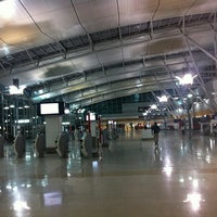 Photo taken at T3 Qantas Domestic Terminal by AorPG R. on 8/11/2012