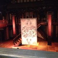3/4/2012 tarihinde Lizzie C.ziyaretçi tarafından Folger Shakespeare Library'de çekilen fotoğraf