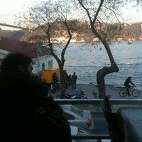 3/24/2012 tarihinde Atlas O.ziyaretçi tarafından Çapa Restaurant'de çekilen fotoğraf