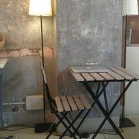 Foto scattata a Laboratorio Bocca di Dama da massif il 4/21/2012