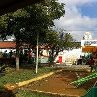 Photo taken at Feira Livre Centro De Jacareí - (Sexta) by Regiane M. on 6/15/2012