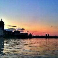 Снимок сделан в Оболонский пляж пользователем Alisa R. 6/24/2012