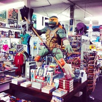 Photo taken at Meltdown Comics and Collectibles by Tim G. on 6/16/2012