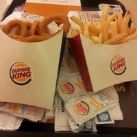 Photo taken at BURGER KING by Syasya R. on 4/30/2012