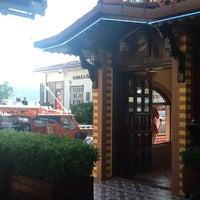 6/17/2012 tarihinde Perhan B.ziyaretçi tarafından Kanlıca Yakamoz Restaurant'de çekilen fotoğraf