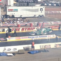 Foto tirada no(a) The Strip at Las Vegas Motor Speedway por Charlie B. em 3/30/2012