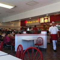 Photo taken at In-N-Out Burger by Andrew G. on 8/25/2012