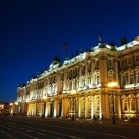 Снимок сделан в Дворцовая площадь пользователем Nikita K. 4/15/2012
