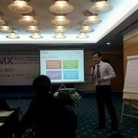 Photo taken at Xiamen Int'l Conf. & Exhi. Center 厦门国际会展中心 (XICEC) by Michael M. on 3/30/2012