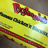 Photo taken at Bojangles' Famous Chicken 'n Biscuits by Diem on 8/10/2012
