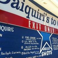 Foto tirada no(a) Daiquiri's To Go por Tam D. em 7/21/2012