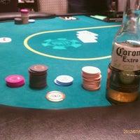 Foto tomada en Caesars Palace Poker Room por John E. el 7/4/2012