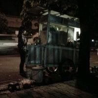 Photo taken at Nasgor depan jamsostek by Dessy F. on 5/19/2012