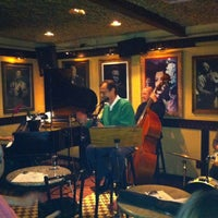 Foto tirada no(a) All of Jazz por Rosa em 9/5/2012