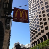 Photo taken at McDonald's by Tetsuya W. on 2/19/2012