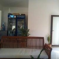 8/29/2012 tarihinde Angad G.ziyaretçi tarafından House cafe'de çekilen fotoğraf