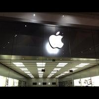 Foto scattata a Apple Centro Sicilia da il_ n. il 7/7/2012
