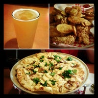 Photo taken at Shakey's Pizza Parlor by Oliver B. on 6/8/2012