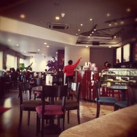 Photo taken at Highlands Coffee by meoo on 3/23/2012