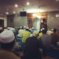 Photo taken at Surau An-Nur by Mohd Haaziq M. on 5/23/2012