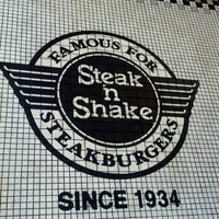 Photo taken at Steak 'n Shake by Samantha G. on 9/5/2012