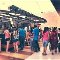 Photo taken at Starbucks by Javier M. on 4/13/2012